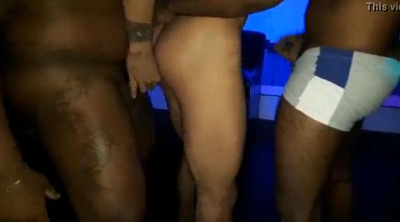 Pegação gay em festa do Rio de Janeiro