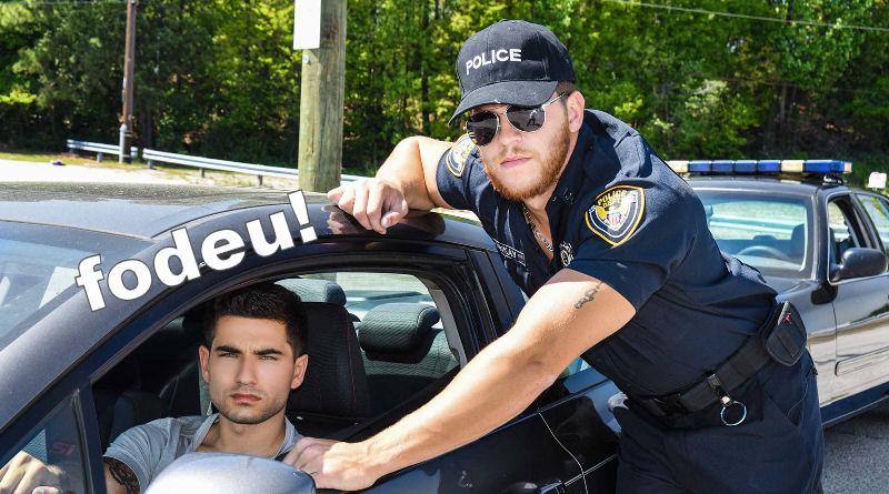 Vadim Black é parado por policial tarado