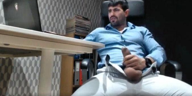 Português roludo delícia na webcam