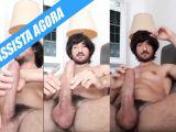Bel Gris grava video pelado no sofá