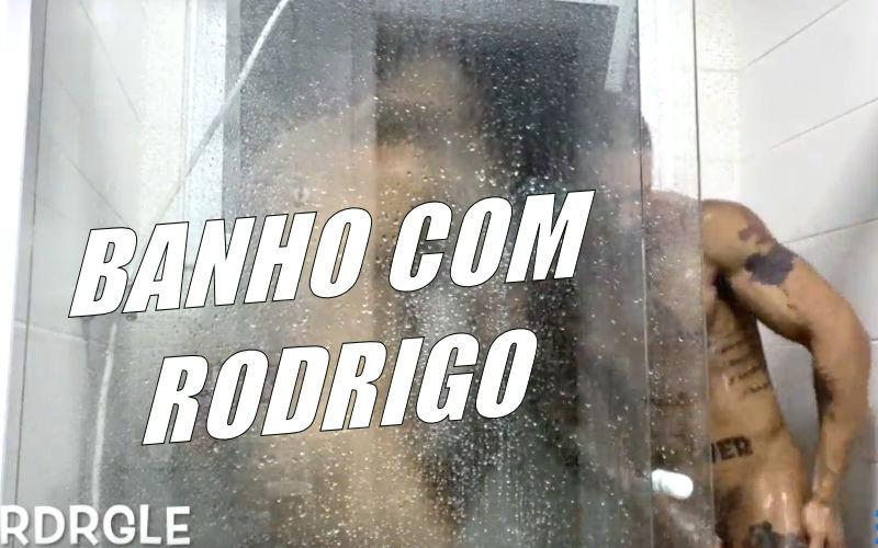 Um banho com Rodrigo Lemos