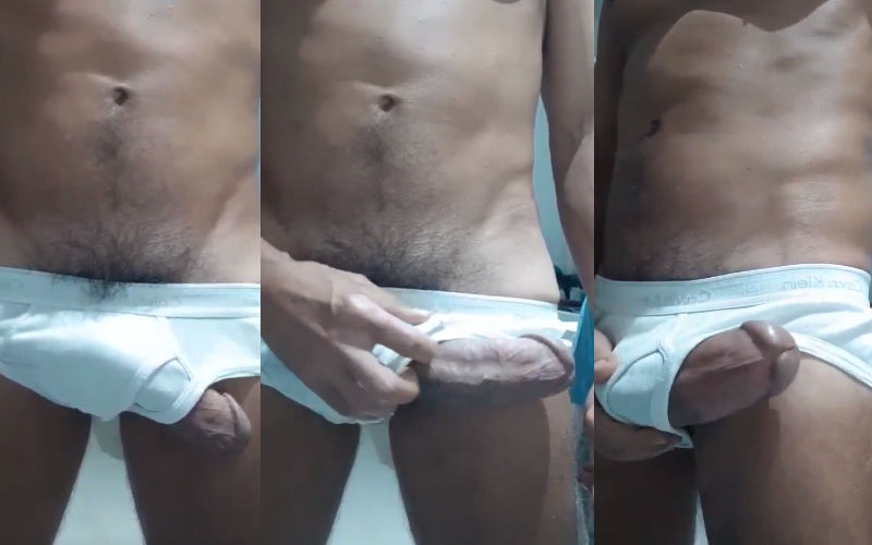 Pirocão na cueca branca