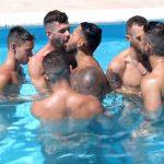 10 minutos: Pegação na piscina com o Viktor Rom
