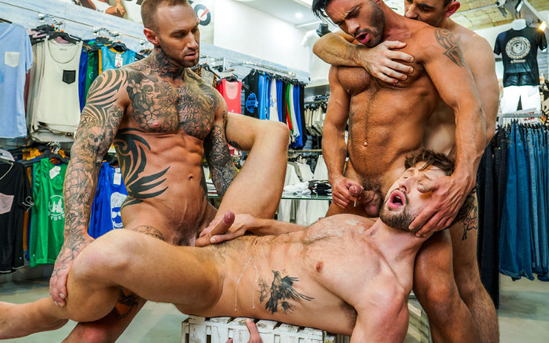 Max Arion, Dylan James, Drew Dixon e Andy Star