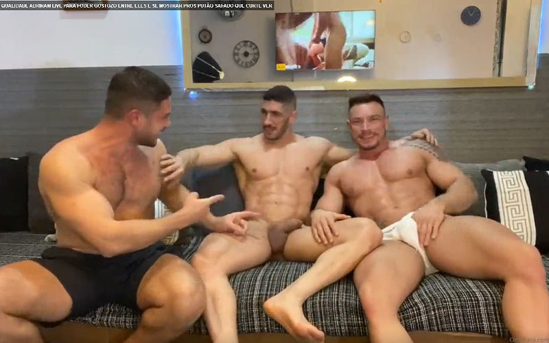 Foda quente com 3 machos grandes