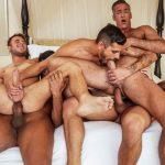 5 machos nessa orgia gostosa